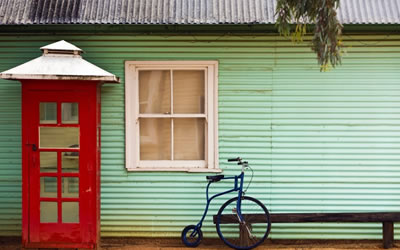Old telephone box and bike - The Village Historic Loxton